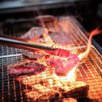 肉の表面を焼きつけると肉汁が逃げない理論は間違いだった